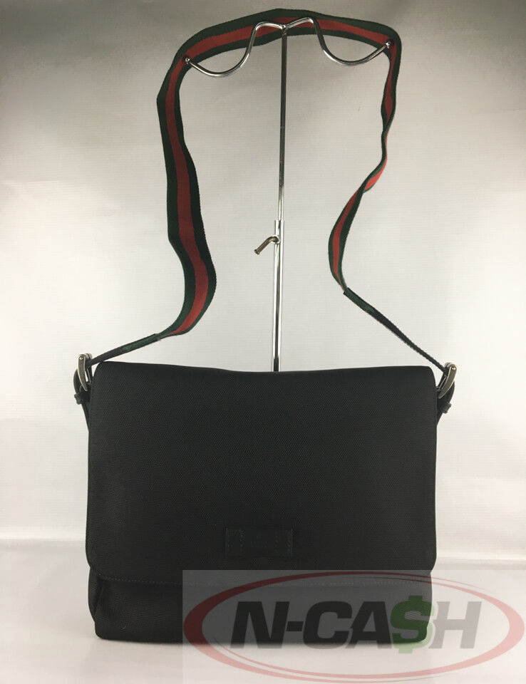 543fc8226806 Gucci Techno Canvas Messenger Bag | N-Cash