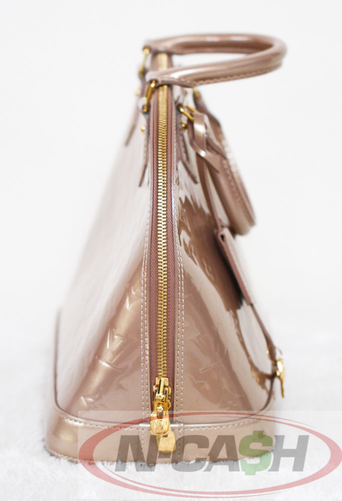 3eb5db61732d Louis Vuitton Monogram Vernis Alma PM Beige Poudre LV Handbag