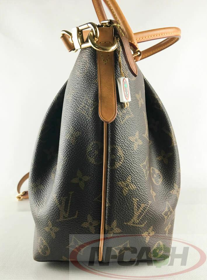 b52ece62fbf50 Louis Vuitton M48814 Turenne MM Monogram Canvas Bag